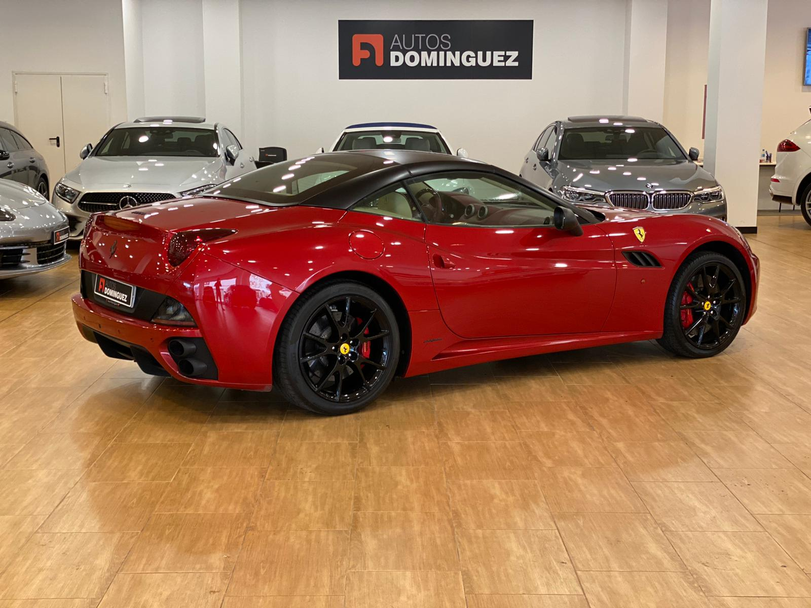 FERRARI CALIFORNIA TAILOR MADE 4 PLAZAS 460 CV 10