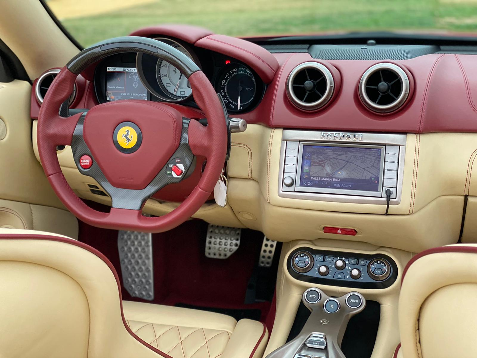 FERRARI CALIFORNIA TAILOR MADE 4 PLAZAS 460 CV 18