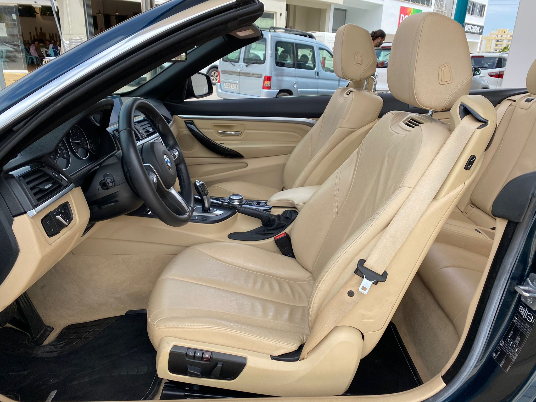 BMW SERIE 4 420dA CABRIO LUXURY 184 CV 11