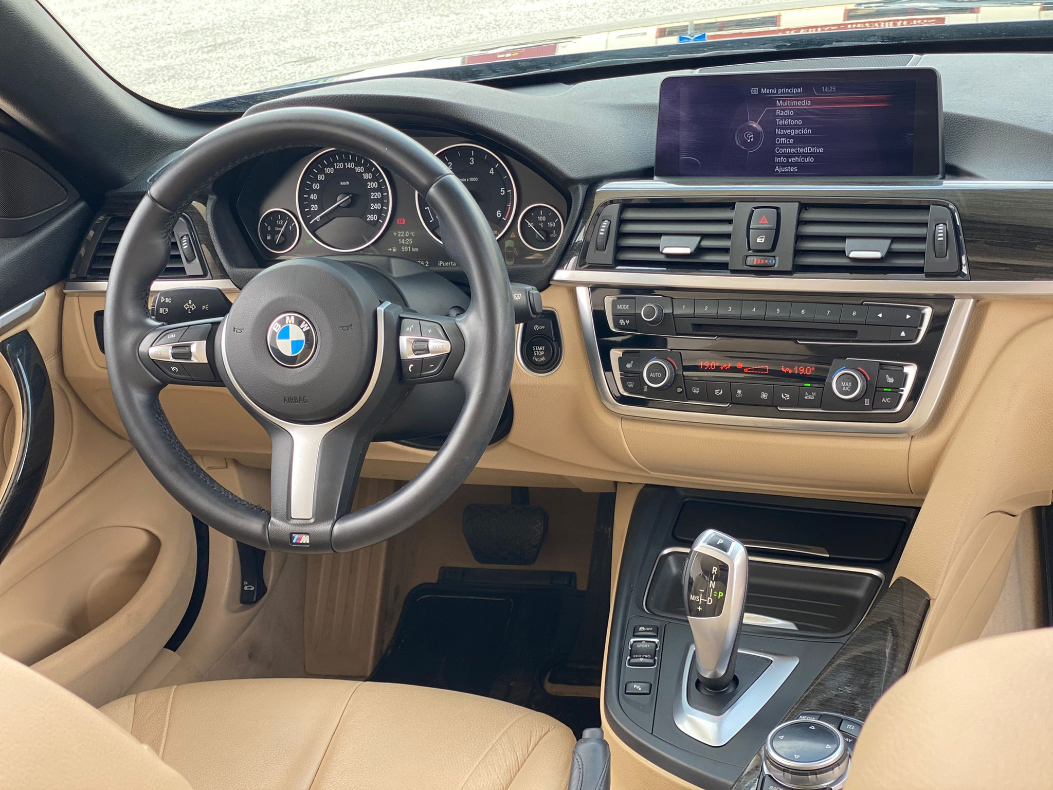 BMW SERIE 4 420dA CABRIO LUXURY 184 CV 14