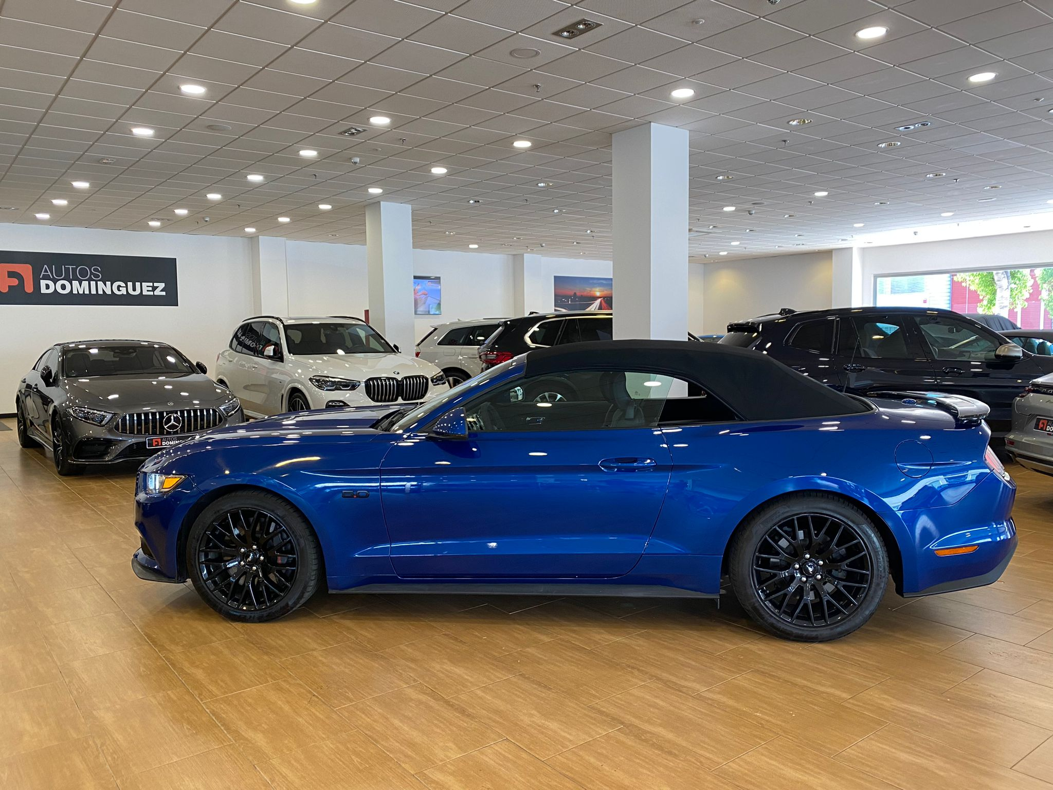 FORD Mustang 5.0 TiVCT V8 307kW Mustang GT Conv. 2p. 4