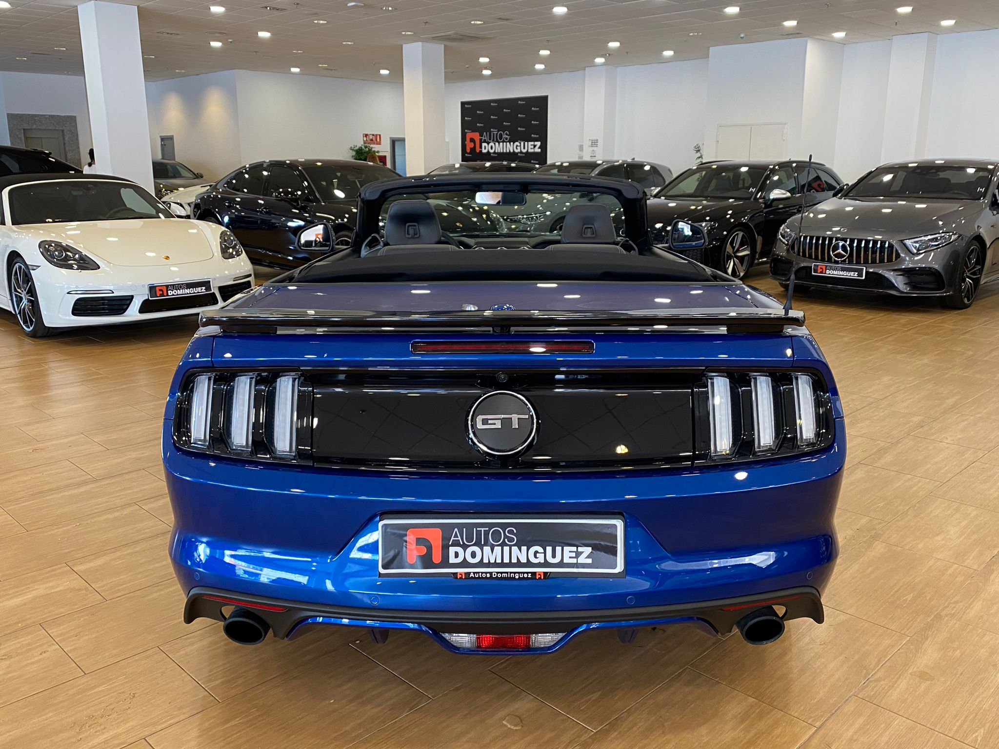 FORD Mustang 5.0 TiVCT V8 307kW Mustang GT Conv. 2p. 8